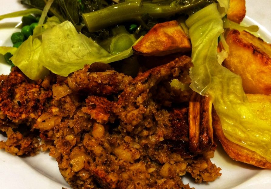 Vegan nut roast